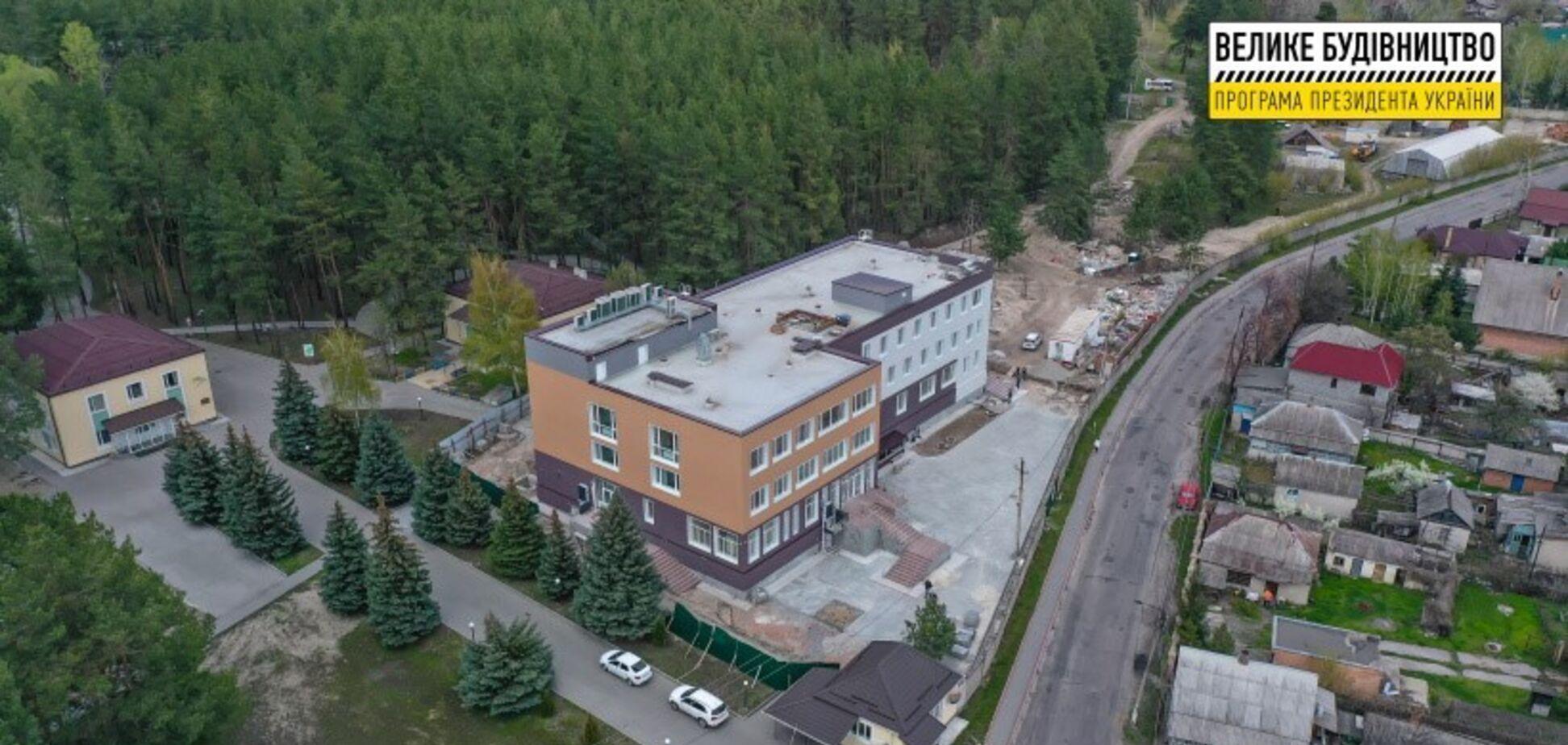 В Святогорске завершают строительство нового корпуса отделения физической и реабилитационной медицины