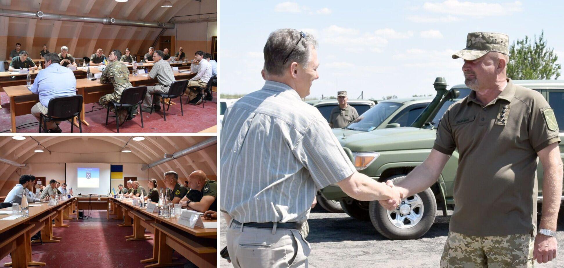 Делегація США побувала з візитом на Донбасі та закликала Росію вивести війська
