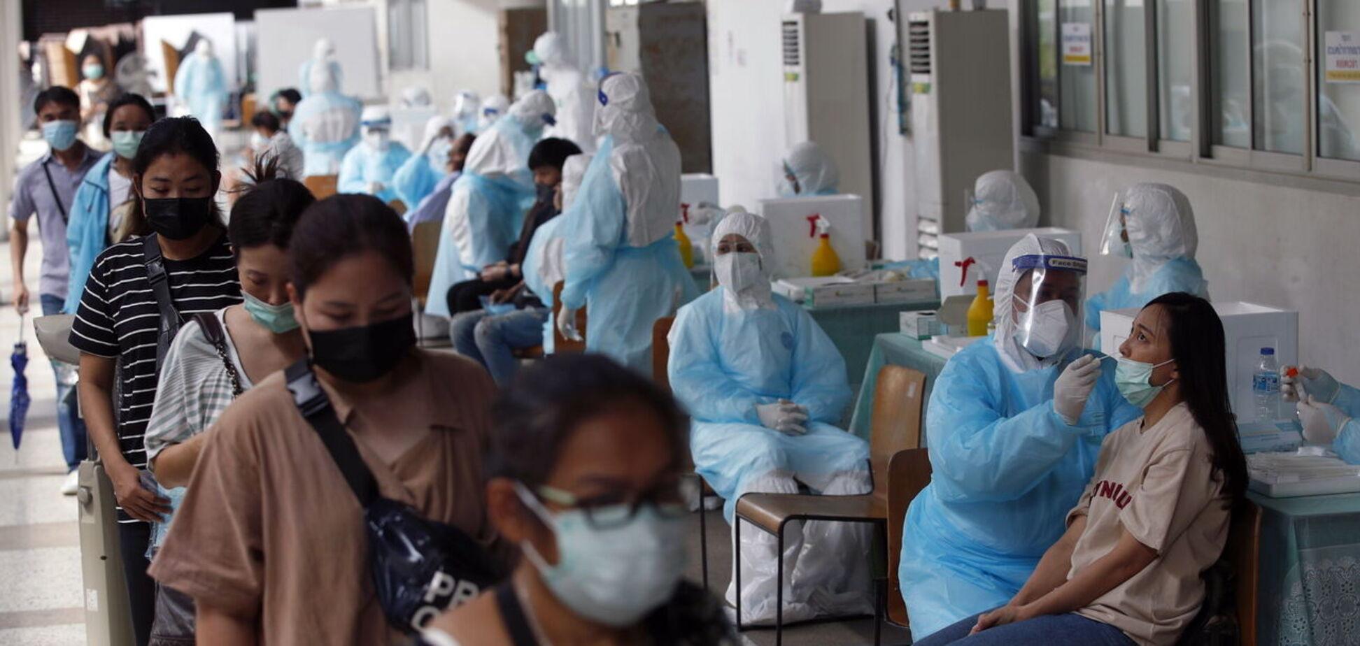 Хаотична вакцинація: чи зачепить паніка з приводу ефективності CoronaVac Україну