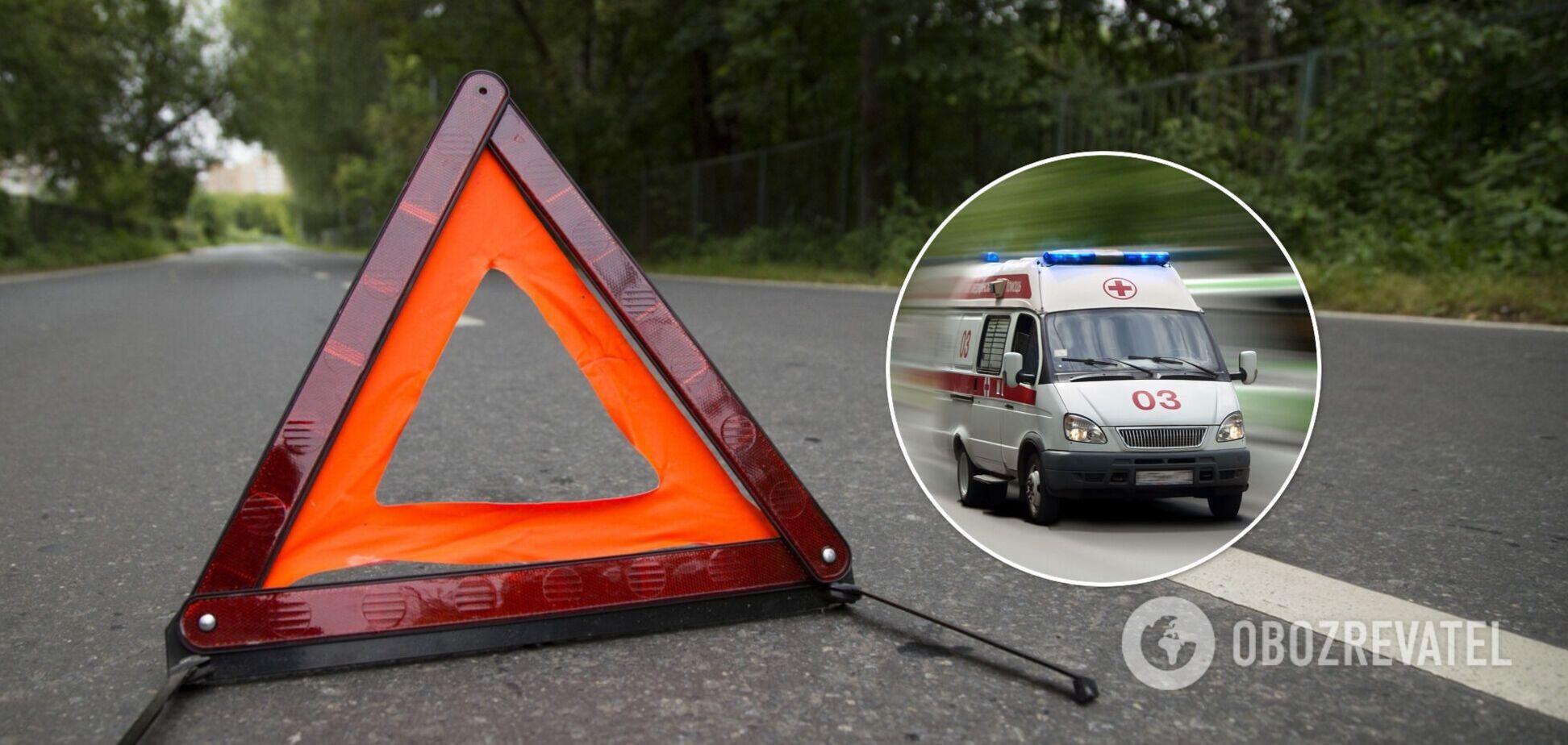На Луганщине перевернулся микроавтобус с пассажирами: 15 пострадавших