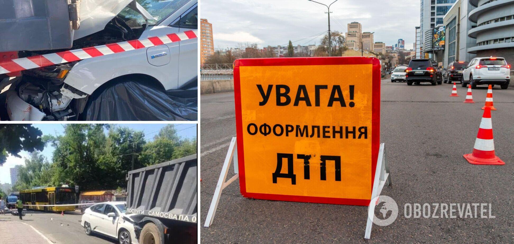 Авто не можуть розминутися, немає переходу й освітлення: деталі про перехрестя, де збили мотоциклістку