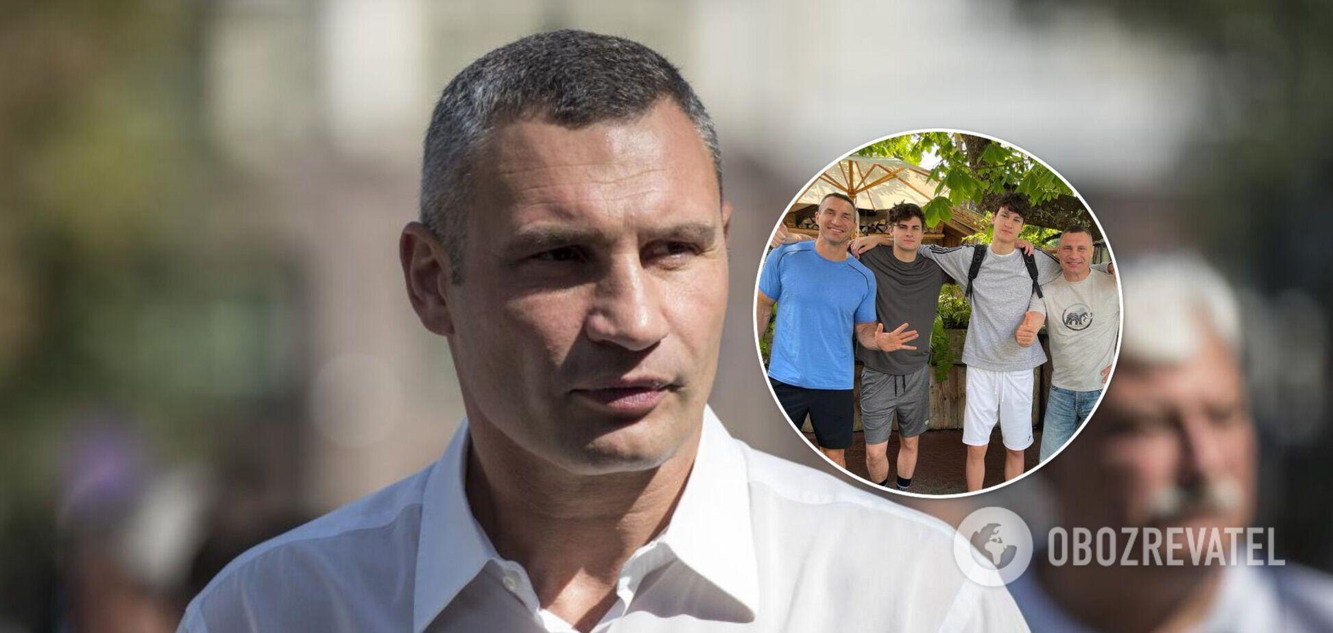 Кличко показав фото з братом і дорослими синами та розповів, як святкував 50-річчя