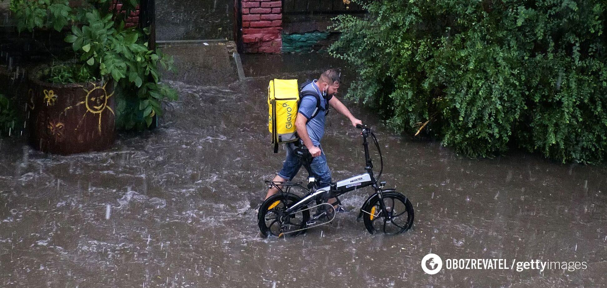 В Україну йдуть дощі та похолодання до +20: синоптикиня дала свіжий прогноз погоди