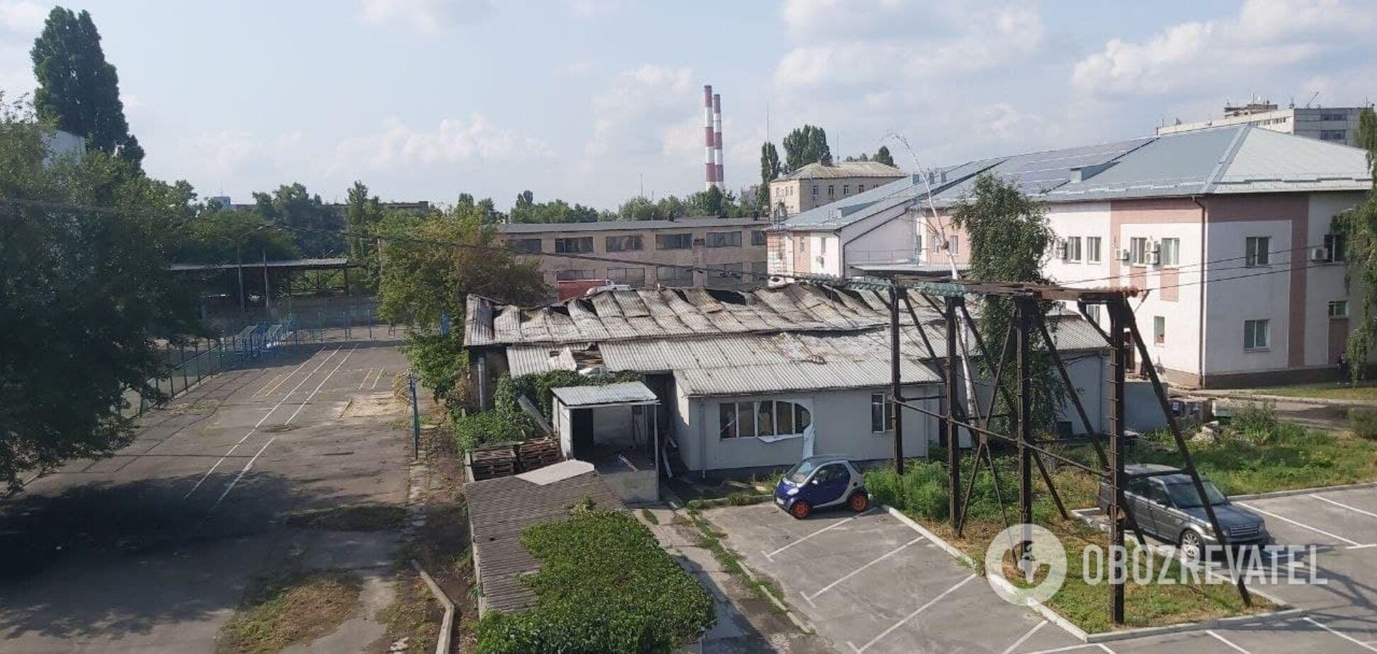 У Києві згорів цех з виробництва сухариків