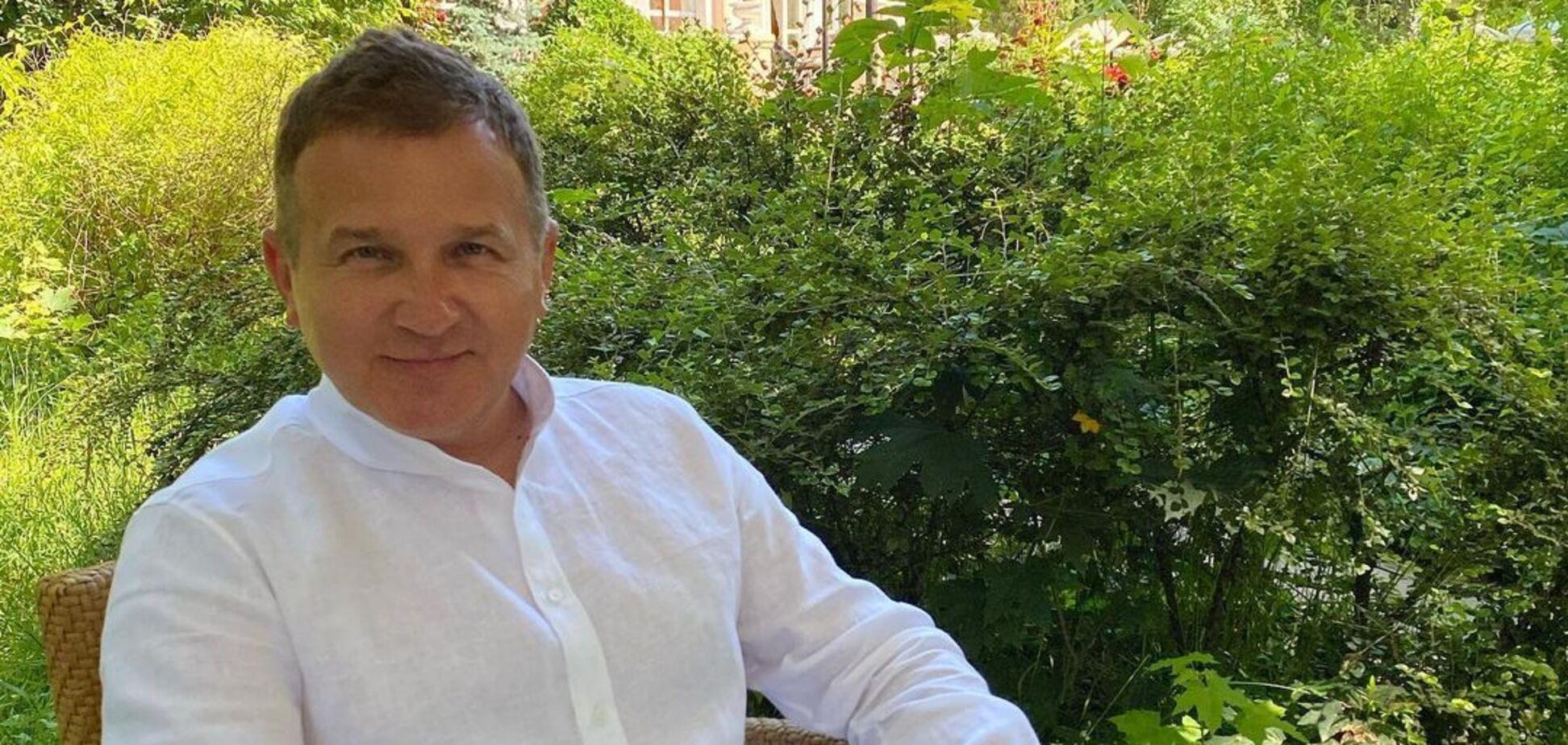 Юрий Горбунов показал редкое фото с усами