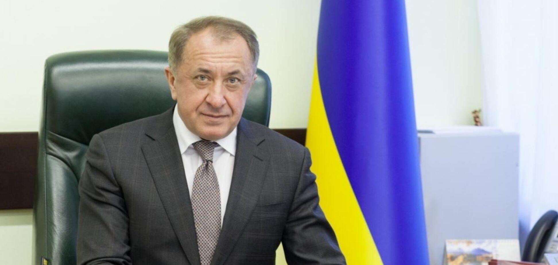 Сворачивание антикризисных программ угрожает восстановлению экономики в Украине, – Данилишин