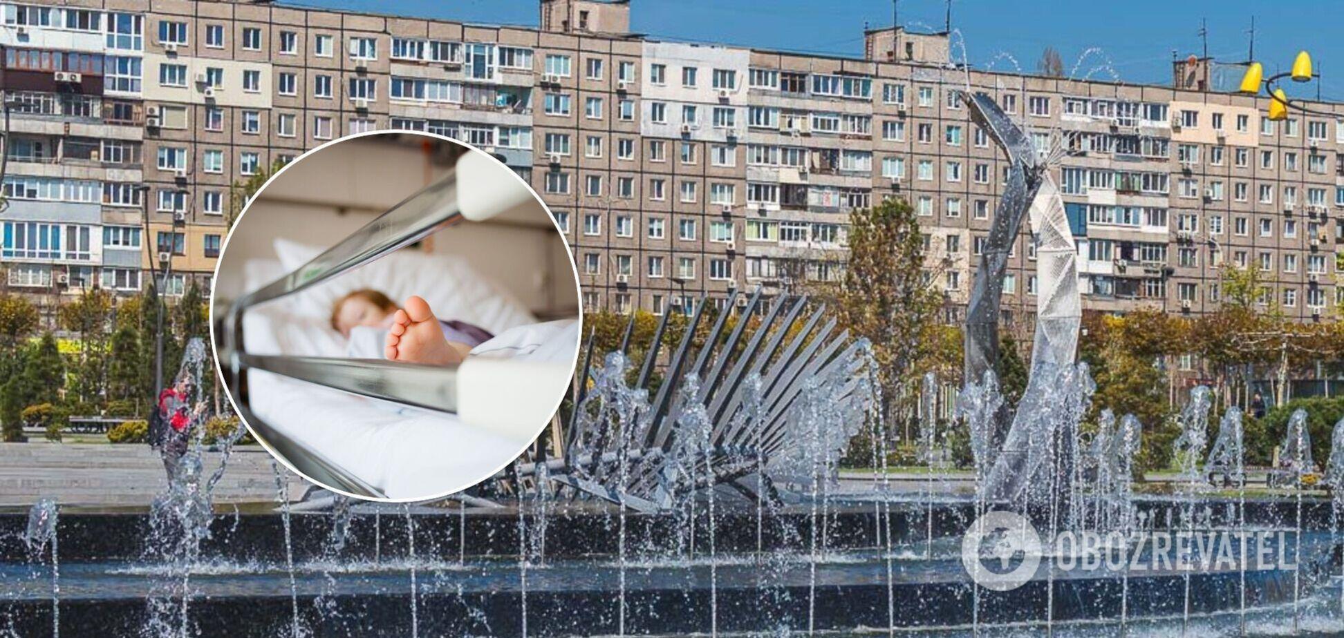 В Днепре 4-летний ребенок умер после падения в фонтане. Видео