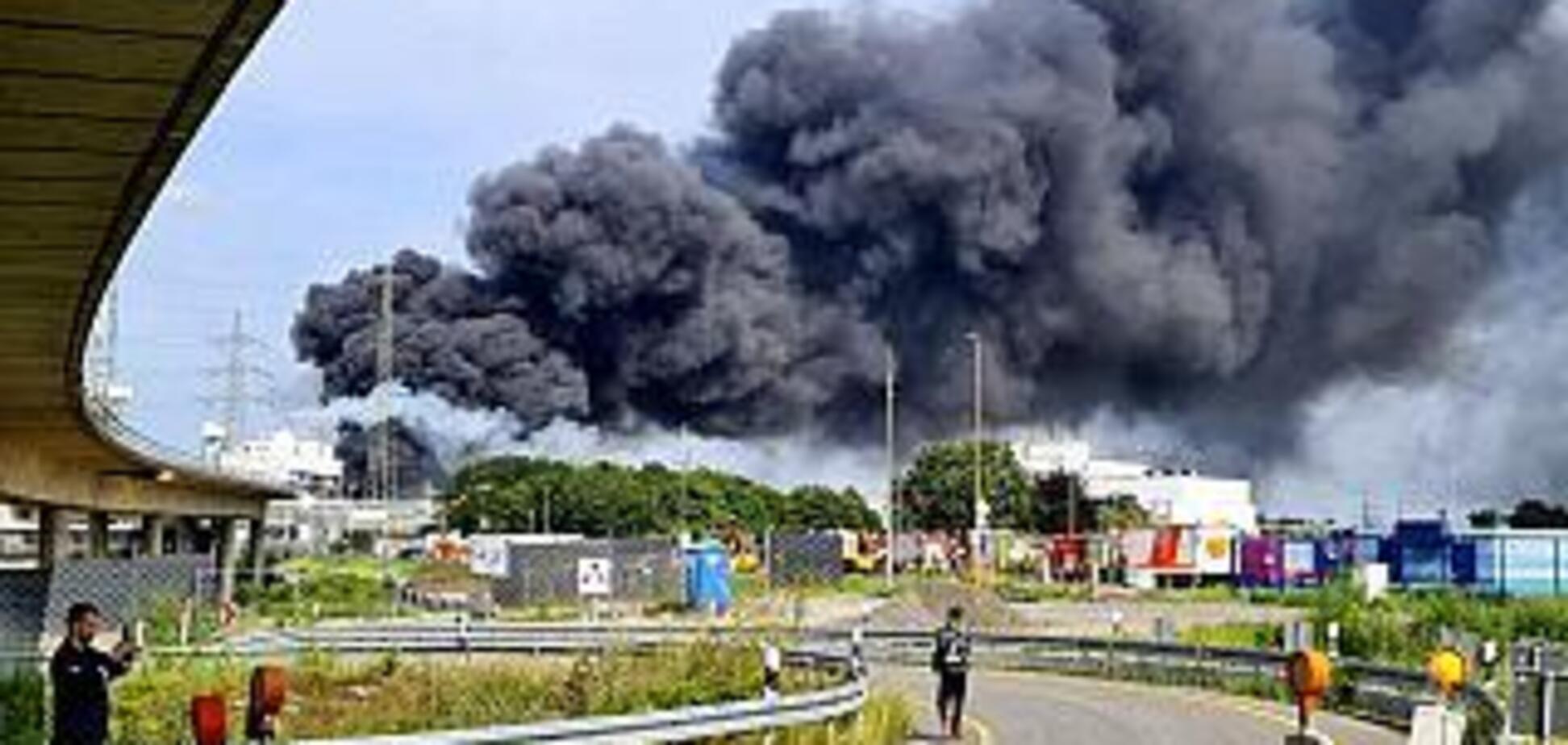 Потужний вибух прогримів на хімічному заводі у Німеччині
