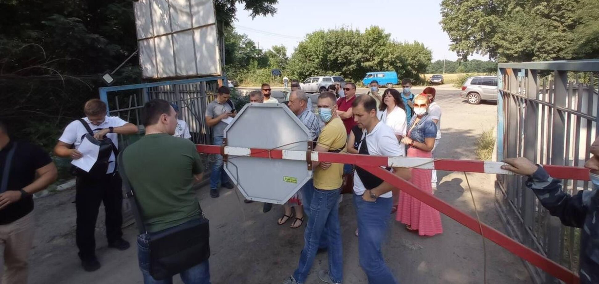 Работа мусорного полигона в Киеве приостановлена из-за проверки СБУ