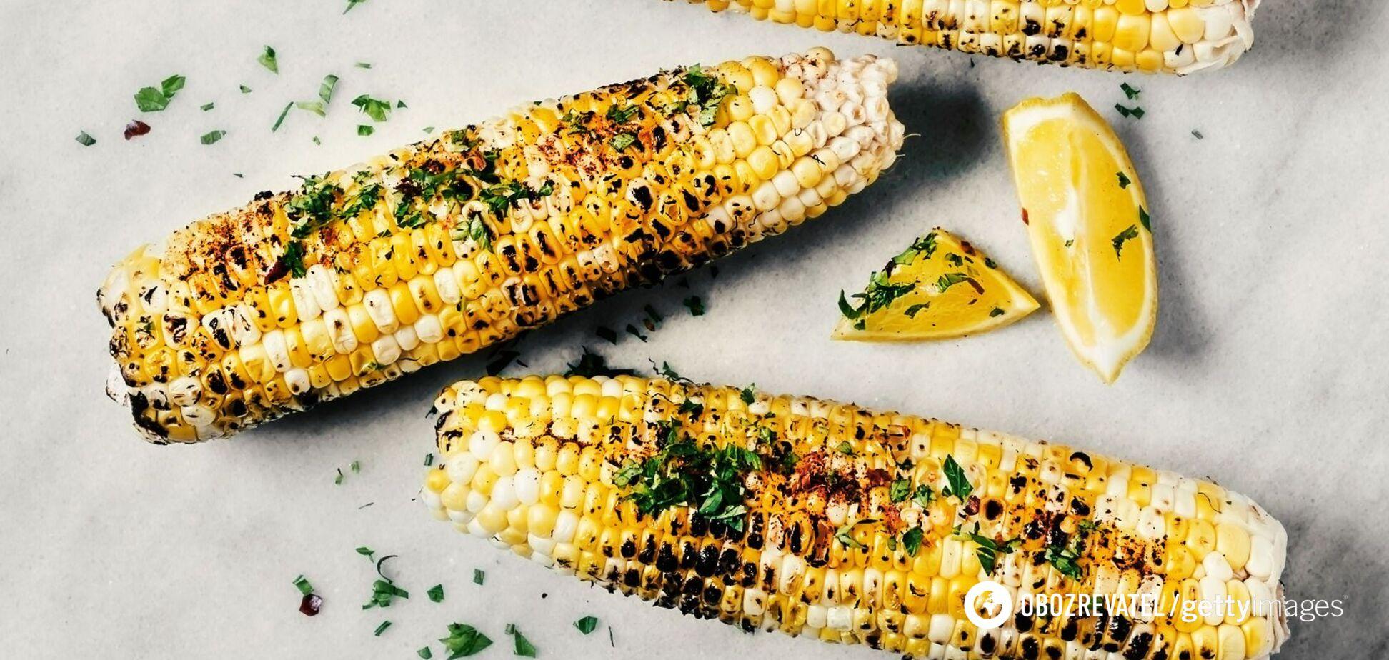 Запеченная кукуруза с зеленью