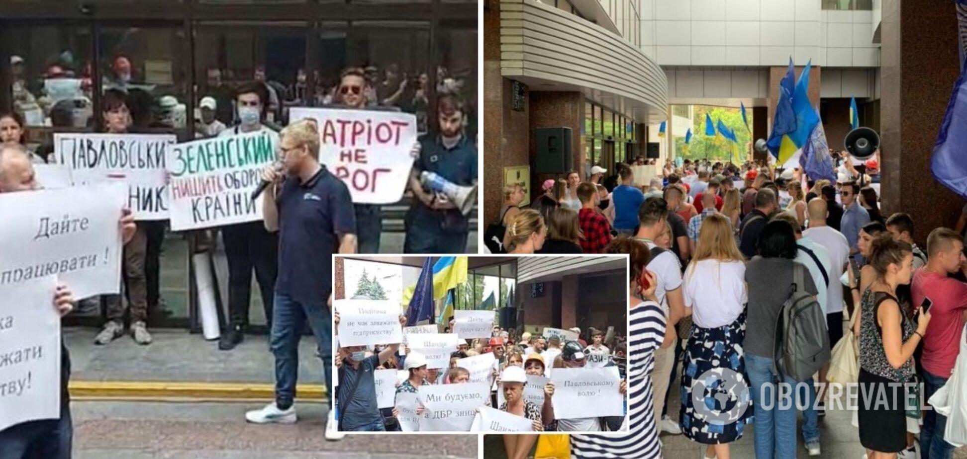 Украинские патриоты, политики и неравнодушные граждане требуют прекратить безосновательное судилище над боевым генералом Павловским