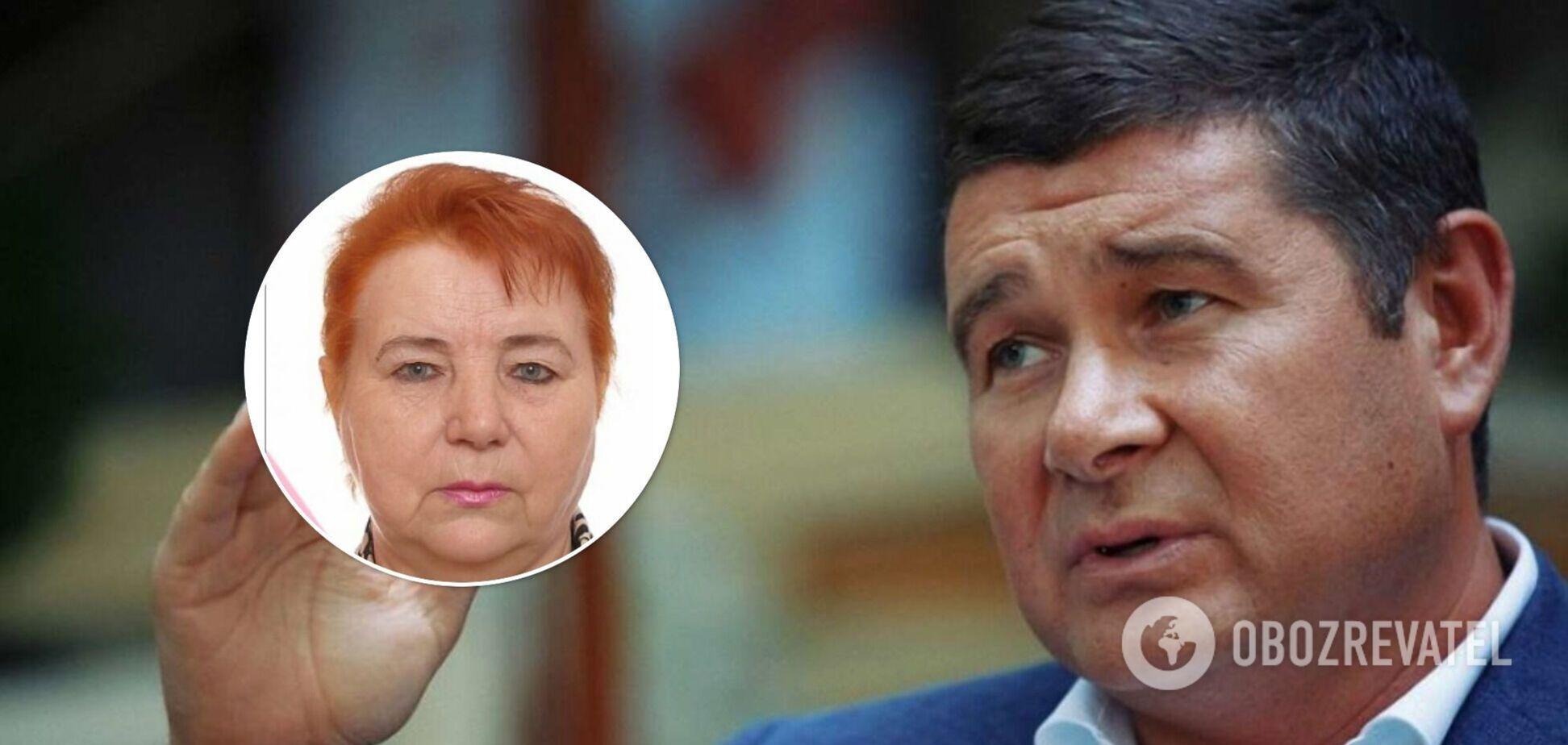 Екснардеп-утікач Онищенко повідомив про смерть матері: вона була фігуранткою 'газової справи'