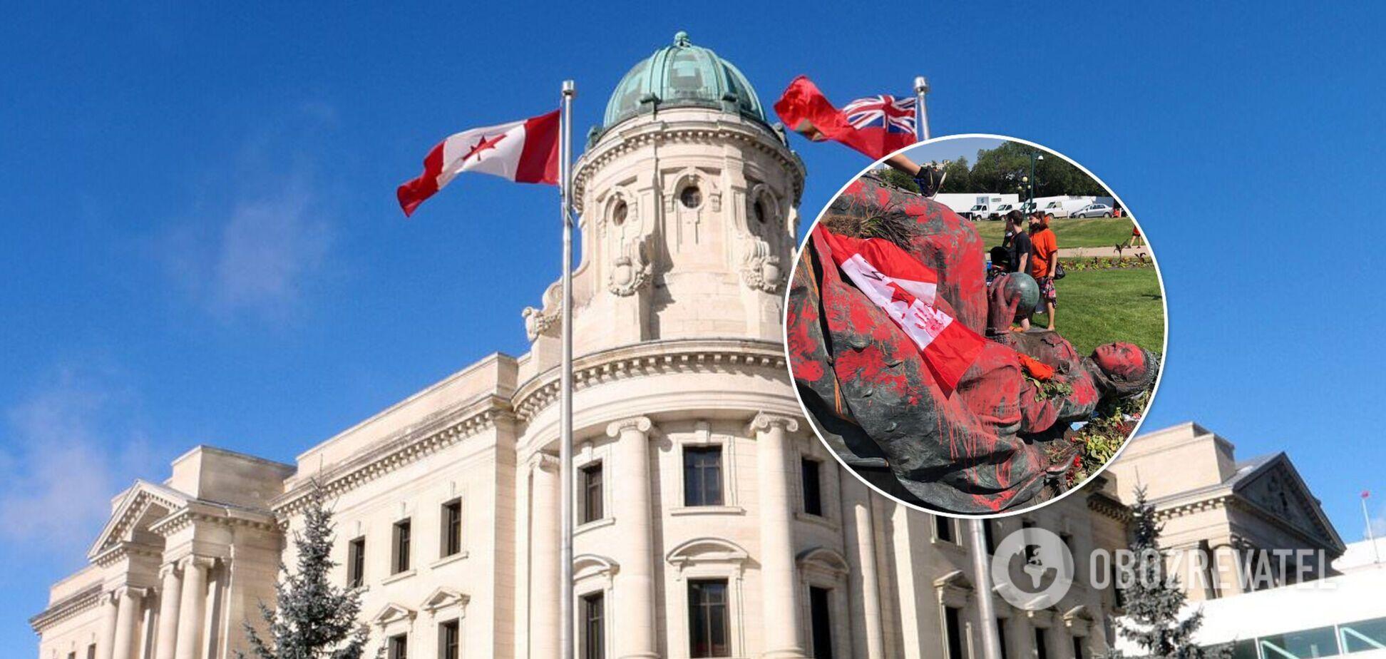 В Канаде скинули памятники Виктории и Елизавете II в знак протеста. Фото и видео
