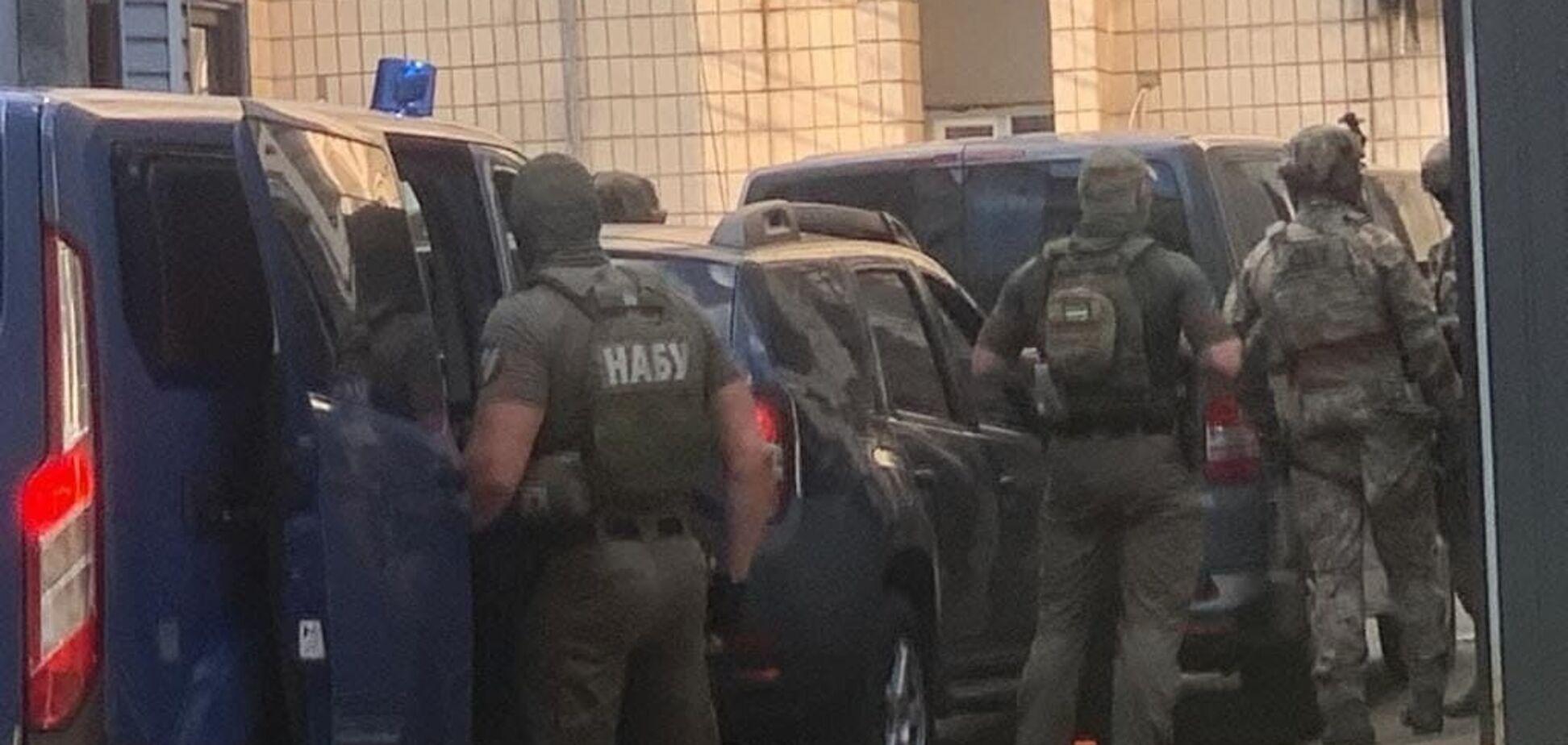 Экс-судью Чауса привезли в спецтюрьму СБУ