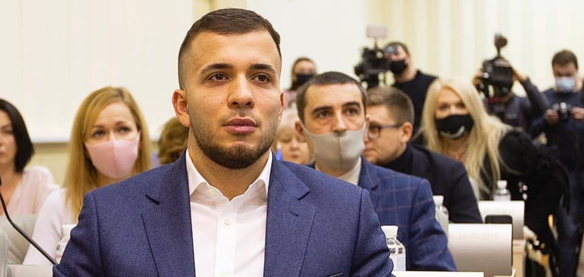 Руслан Краснов засвітив незадекларований годинний