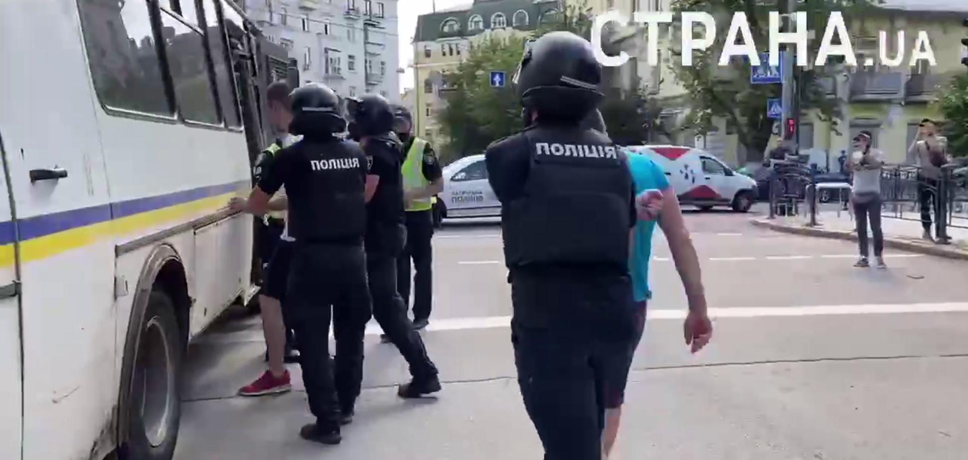 Полиция задержала двух участников столкновений