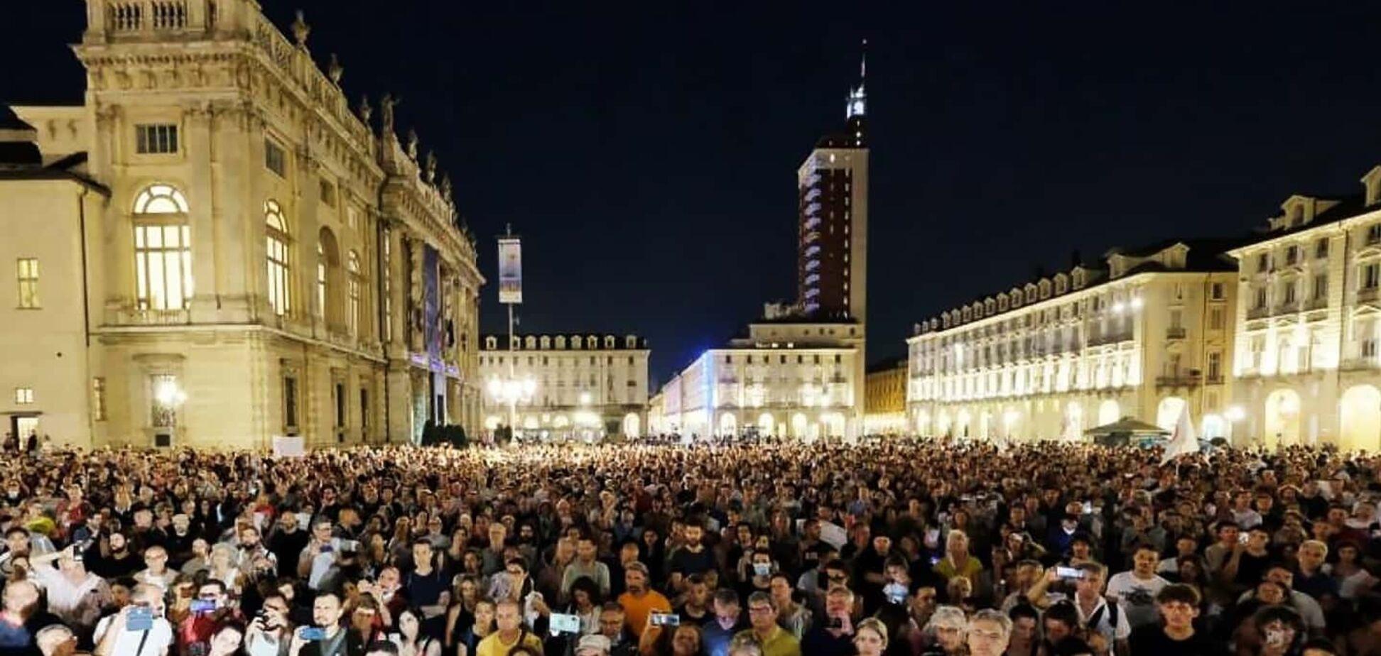 Антиковідні протести в Італії