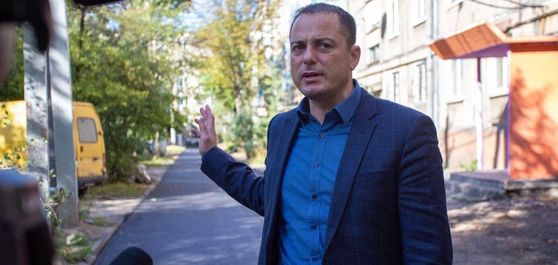 Мэра Каменского подозревают в причастности к незаконным постройкам