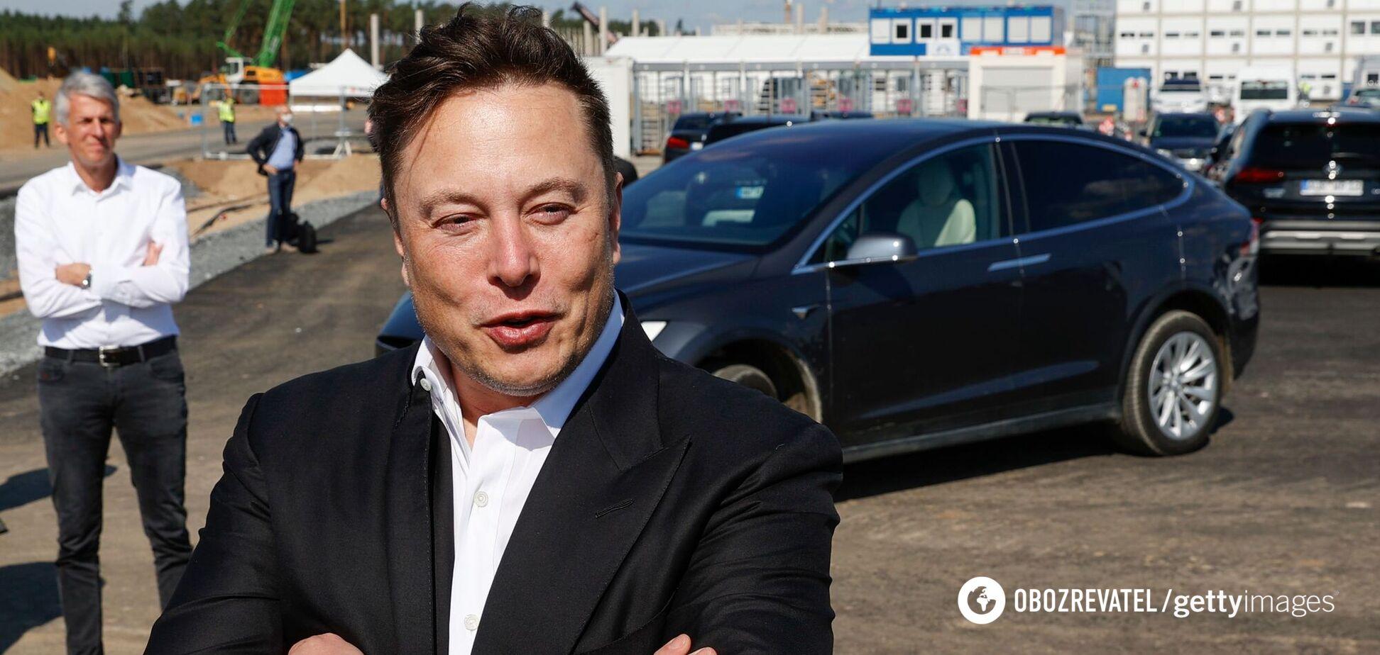 McLaren за мільйон і Tesla Cybertruck: як виглядає колекція авто Ілона Маска. Фото