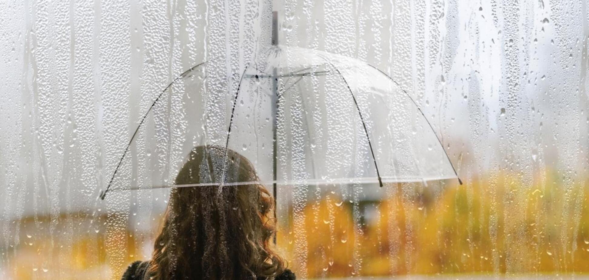 Негода зачепить південну частину країни, а також східніта центральнірегіони