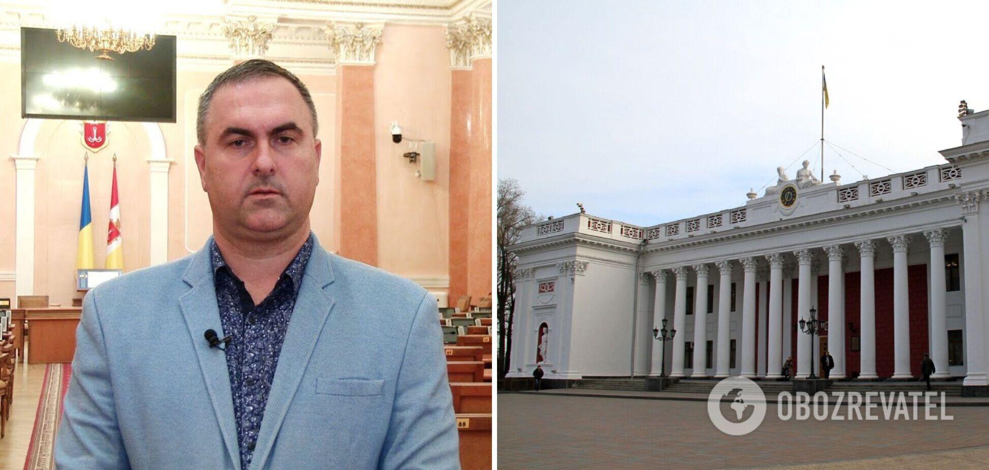 Чиновник одеської міськради не зміг назвати свій департамент українською мовою. Відео