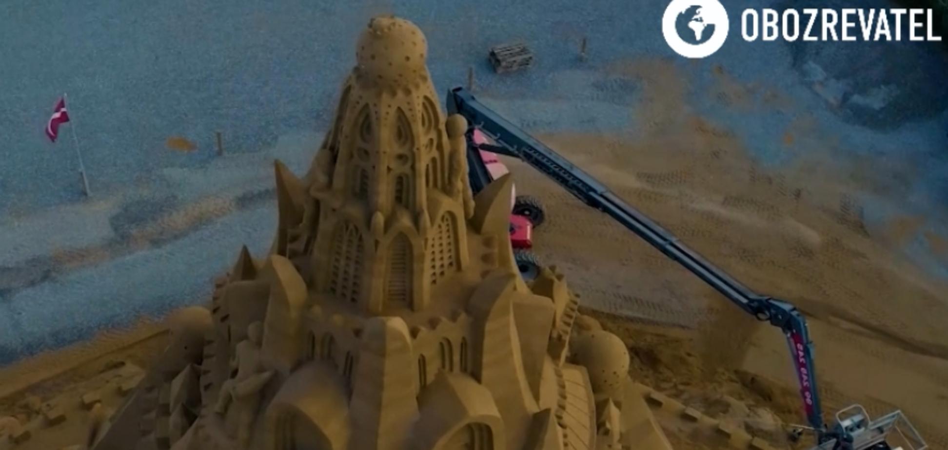 У Данії збудували найвищий у світі пісочний замок