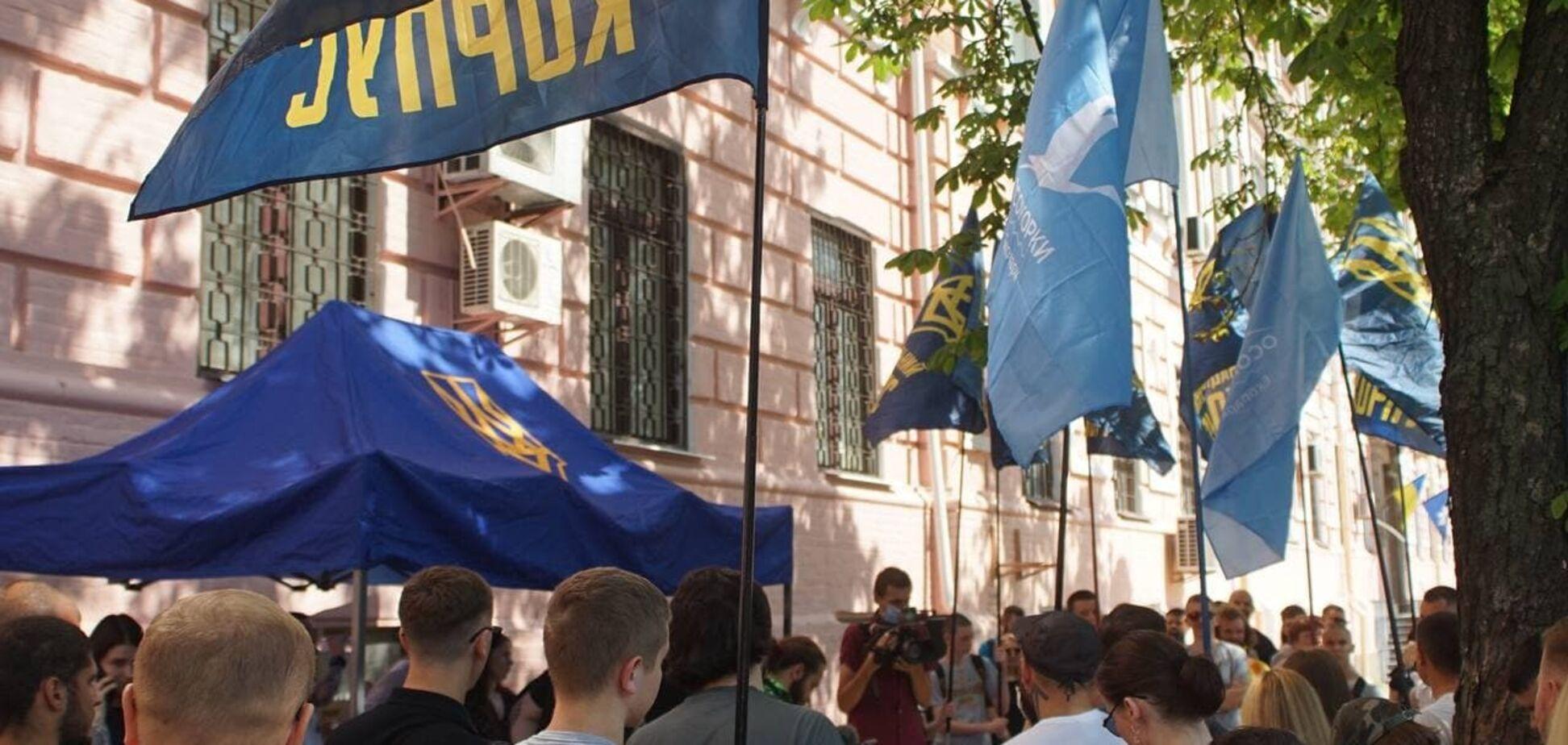 Суд по делу Сивохо против 'Азова' отложили до октября