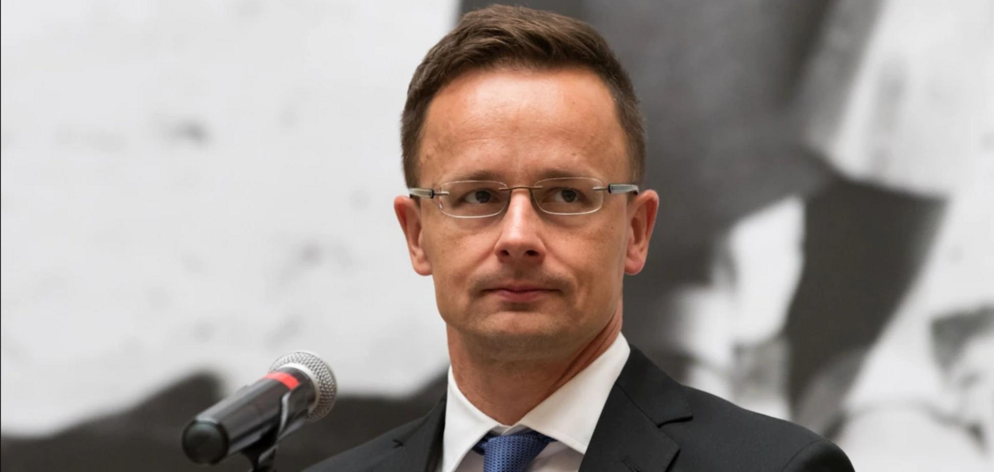 Глава МЗС Угорщини, який заявляв про небезпеку 'Миротворця', відвідає Донбас