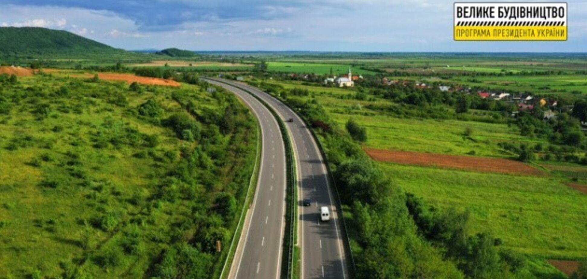В этом году планируется восстановить трассу международного значения М-06 Киев - Чоп