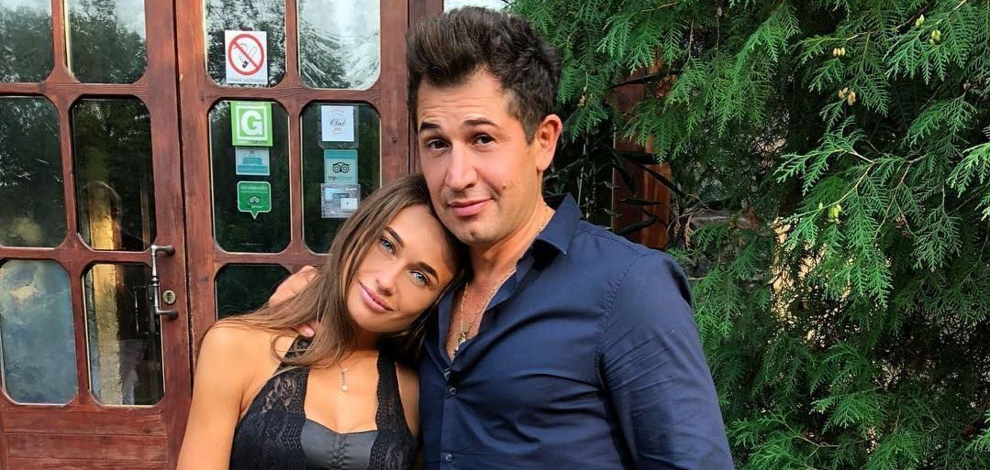 Известный телеведущий Андрей Джеджула и его супруга Юлия Леус