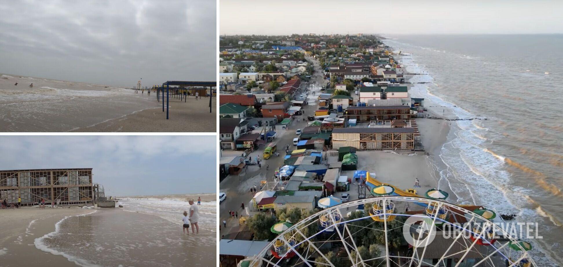 На Азовском побережье поднялся шторм и вода стала коричневого цвета