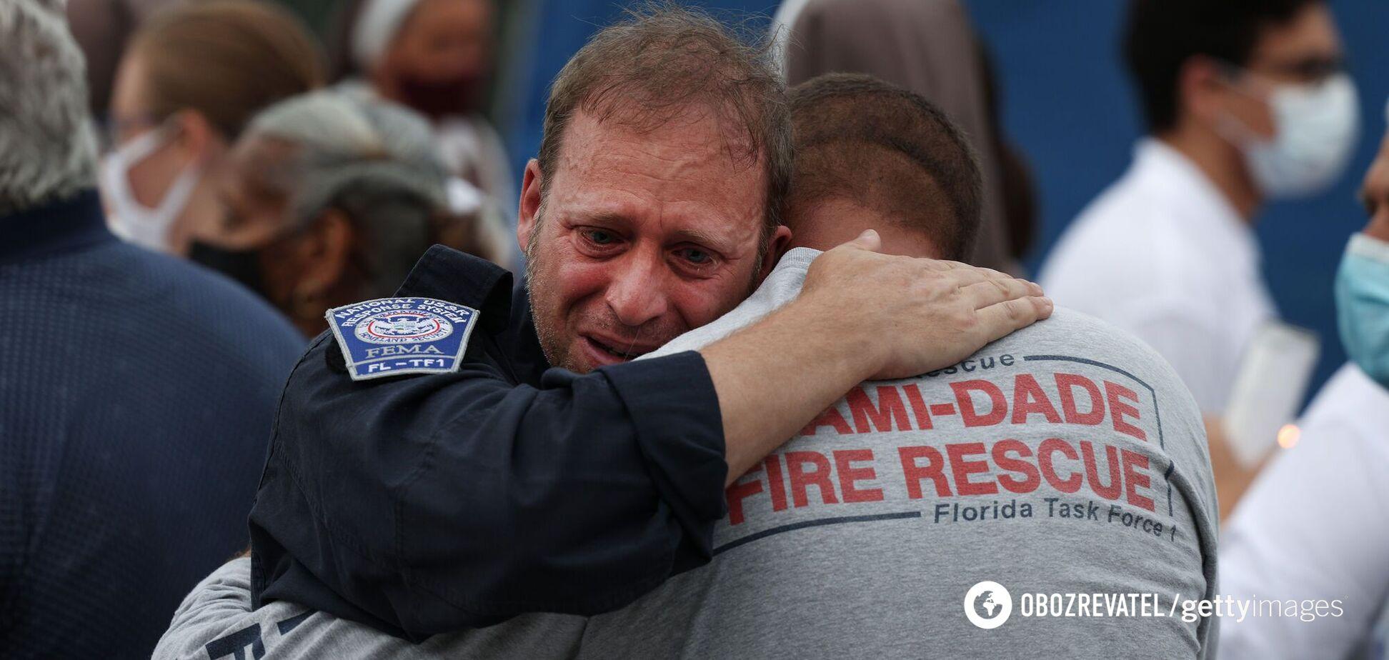 Рятувальники шукають людей під завалами у Флориді