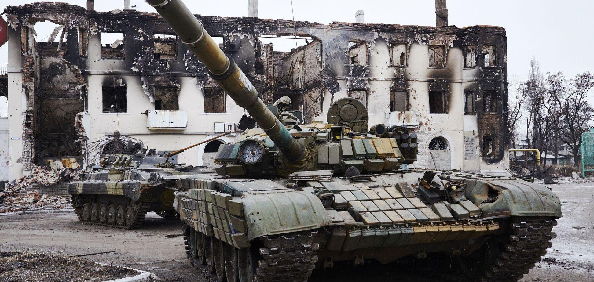 Оккупанты обстреляли ВСУ из запрещенного оружия, ранен украинский боец