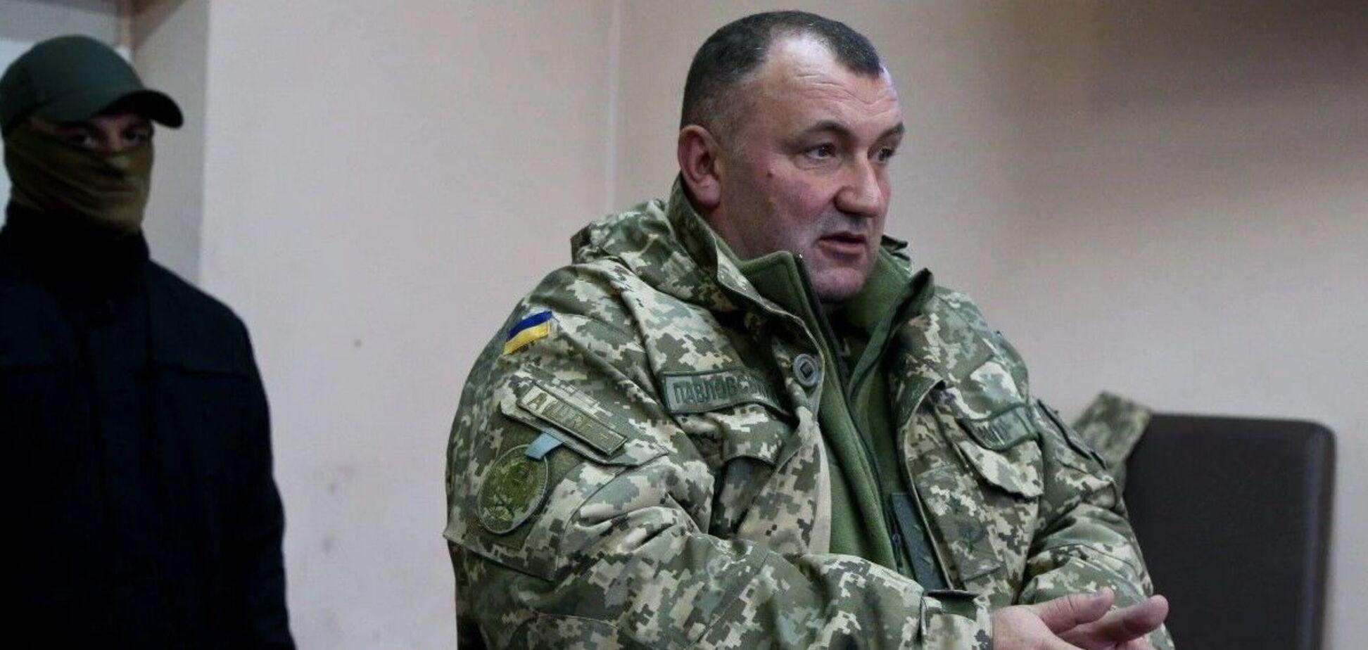 Печерський суд заарештував бойового генерала Павловського і призначив грошову заставу