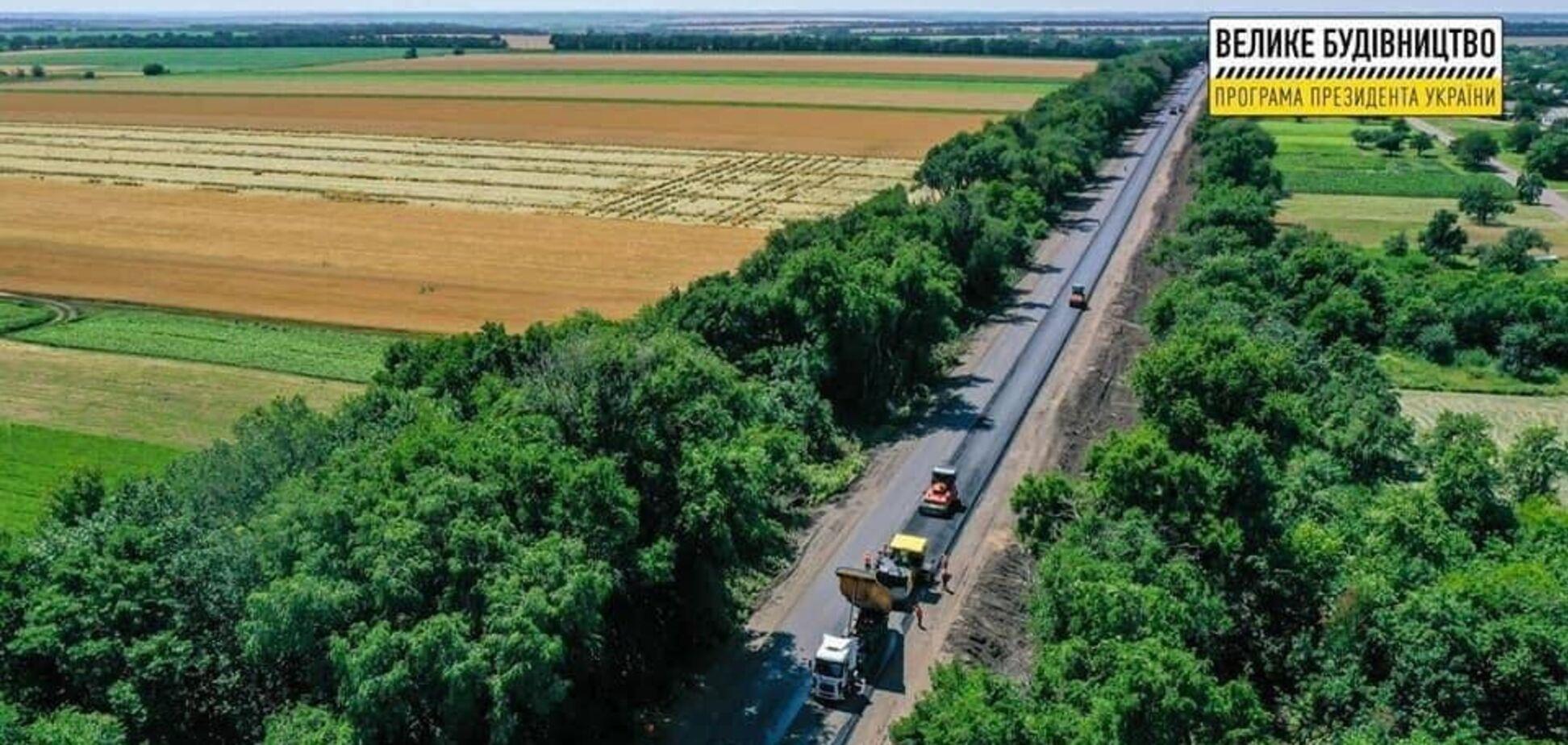 На Дніпропетровщині добігає кінця ремонт траси М-04