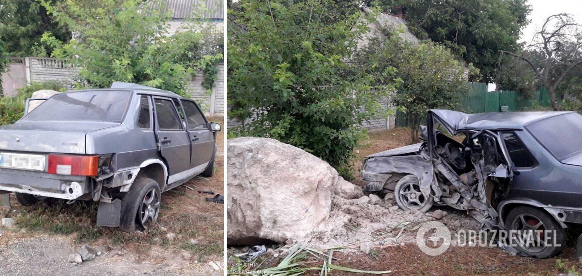 На Днепропетровщине авто на скорости слетело с дороги, водитель погиб на месте. Фото