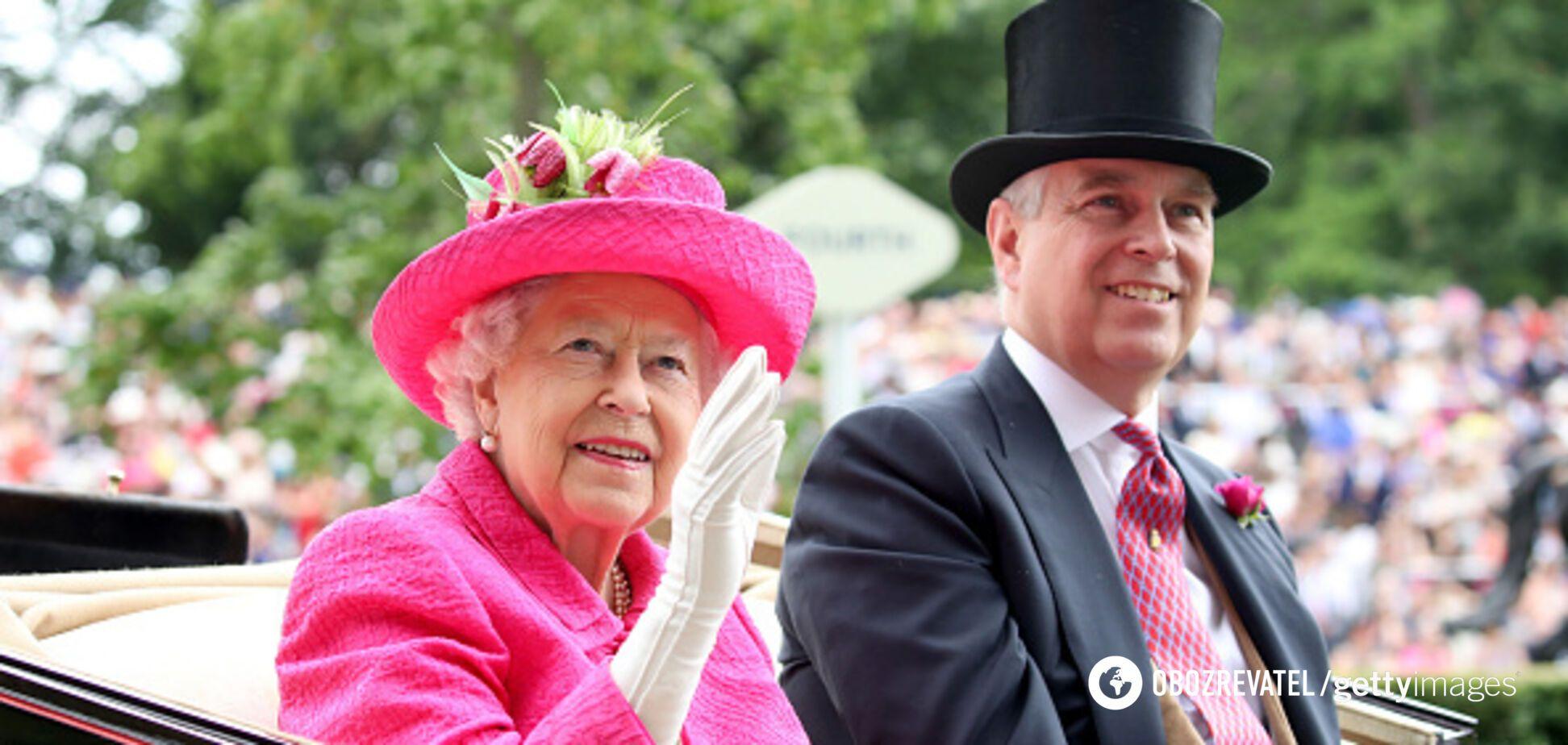 Сына Елизаветы II, обвиняемого в изнасиловании, могут не пустить на юбилей королевы