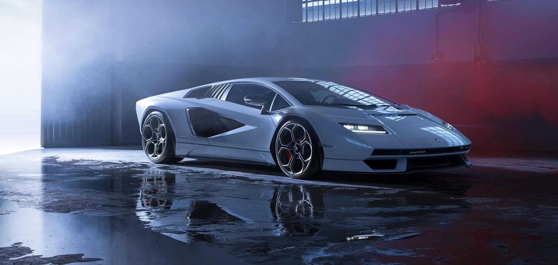 Lamborghini відродила культову модель Countach. Відео