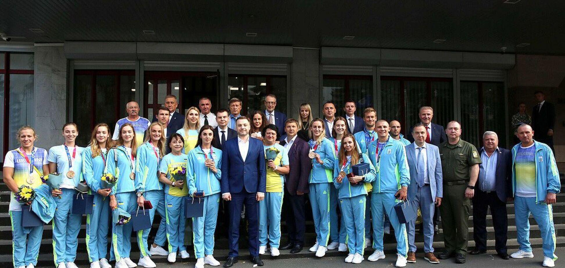 Міністр внітрішніх справ нагородив олімпійців, які представляють підрозділи системи МВС України