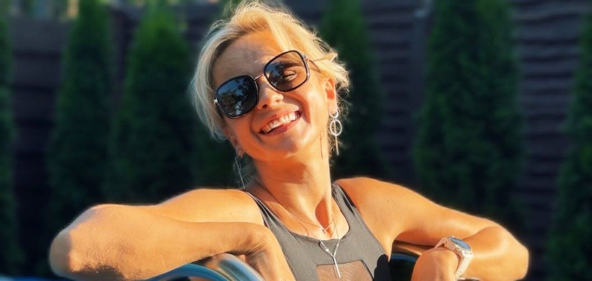 Лілія Ребрик вразила фігурою в купальнику без бретелей. Фото
