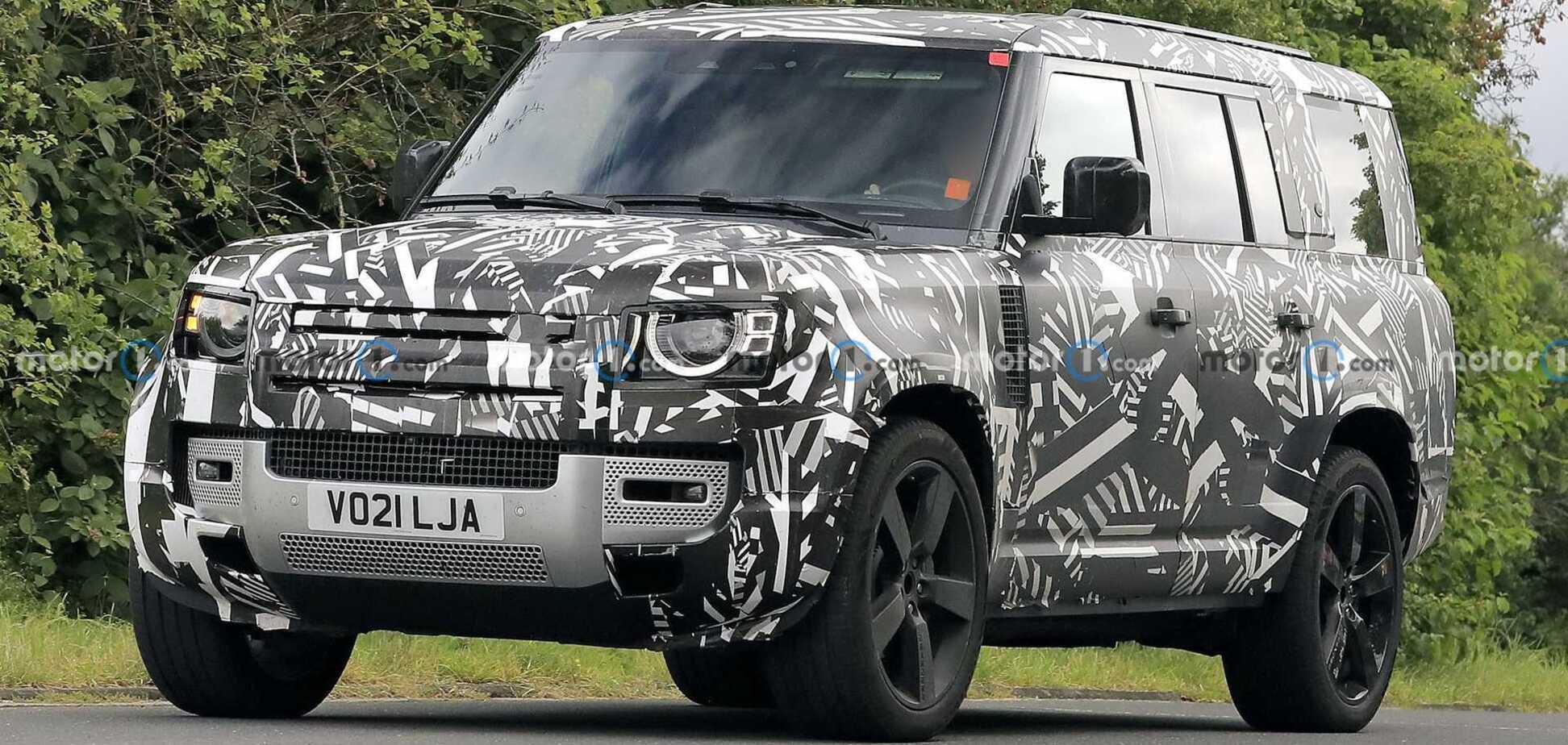 Новий Land Rover Defender буде більшим за G-Class