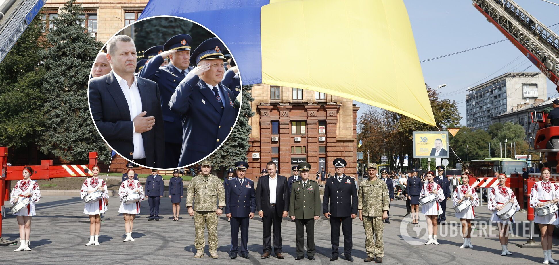 В Днепре в День Государственного Флага устроили зрелищный флешмоб