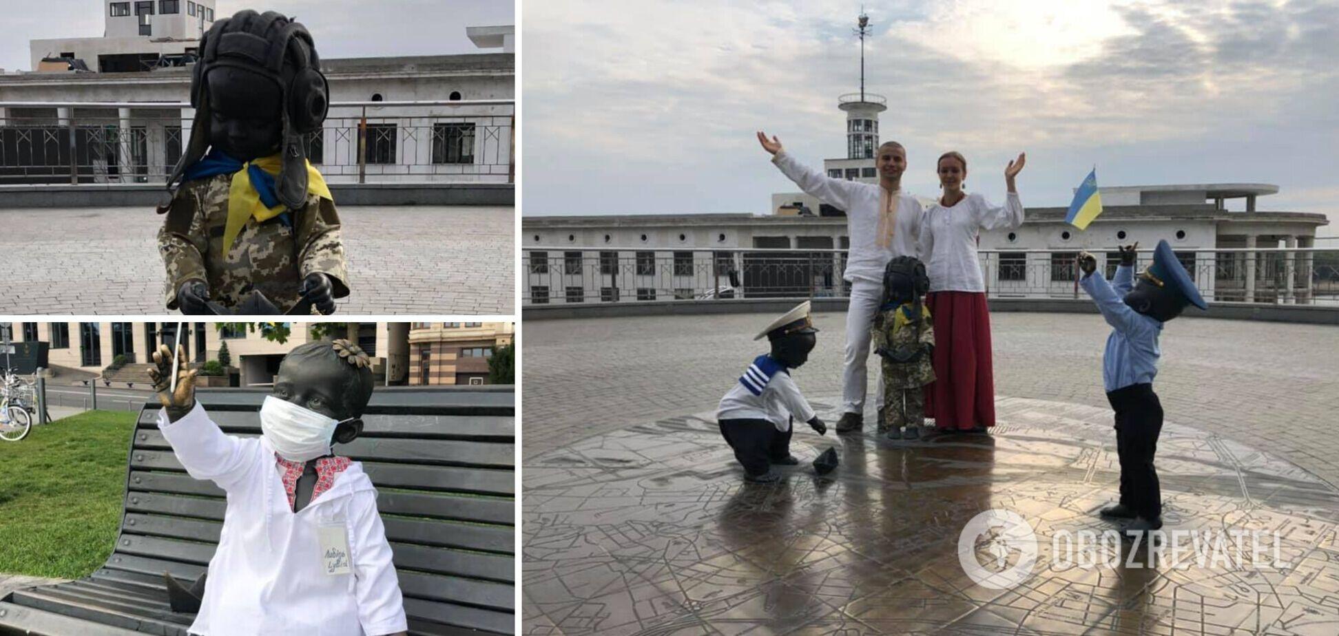 Автор фігурок привітав українців зі святом