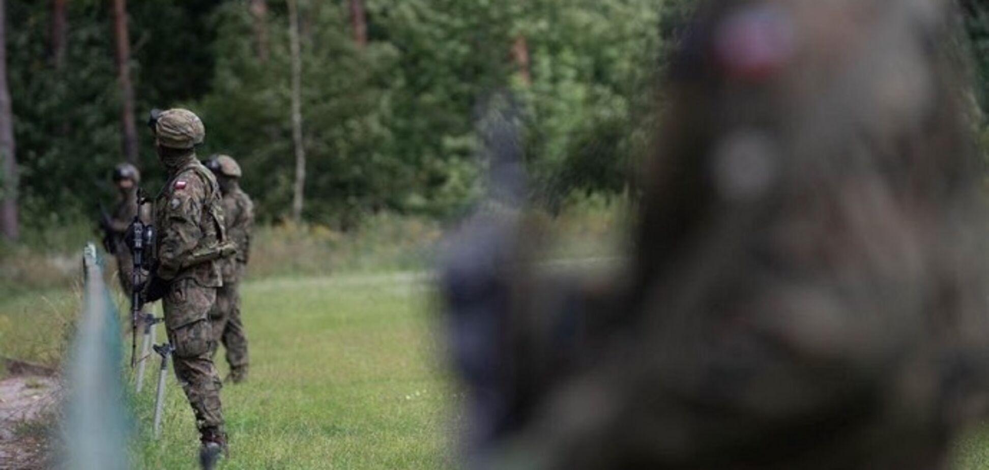 Польща зводить паркан на кордоні з Білоруссю