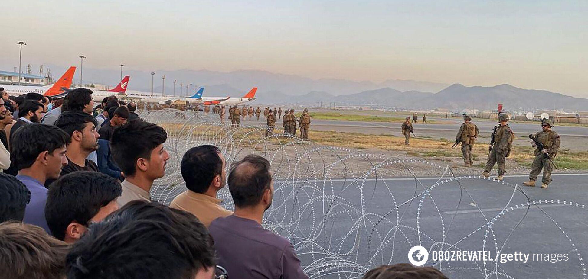 В Британии заявили, что теракт в аэропорту Кабула может произойти в ближайшие часы