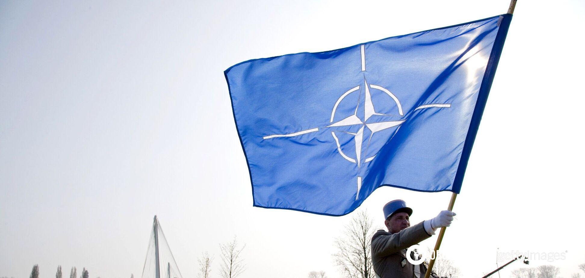 НАТО висилає російських співробітників при Альянсі через ворожу діяльність