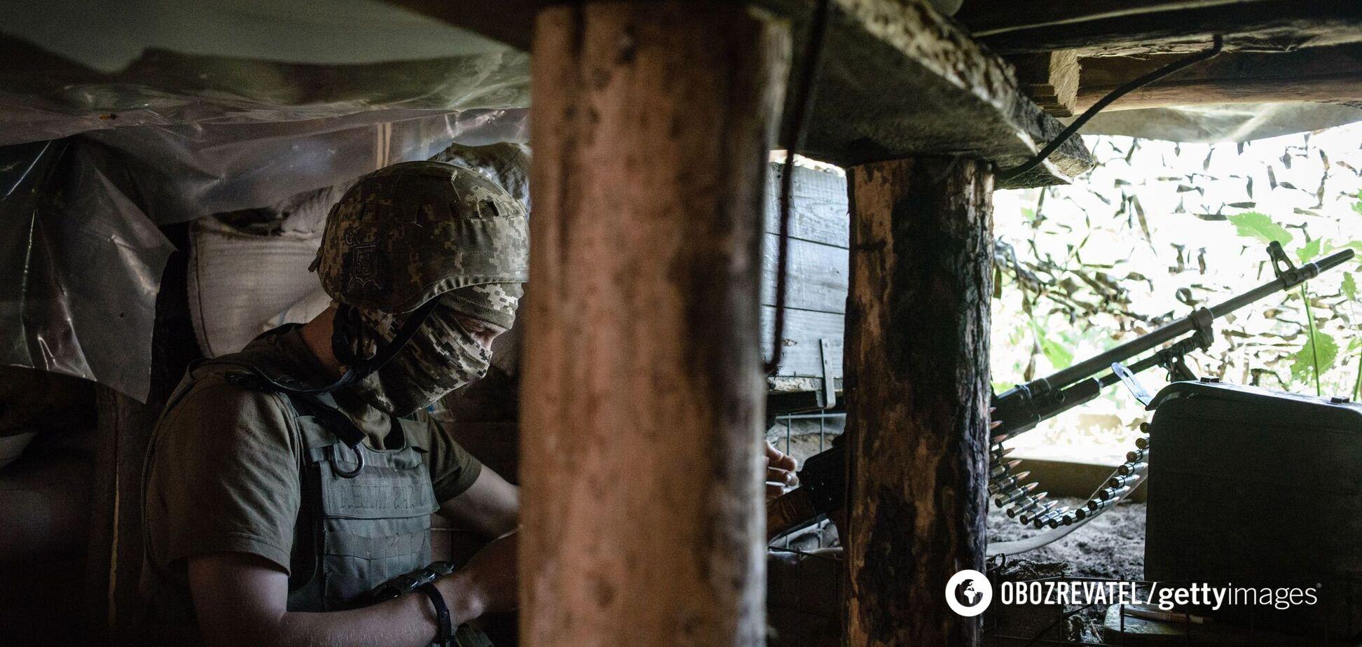 Окупанти обстріляли позиції ЗСУ на Донбасі, українські військові відкрили вогонь у відповідь
