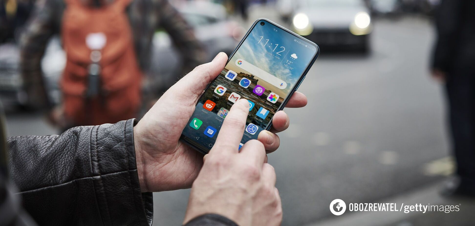 Складено топ смартфонів у середньому ціновому сегменті