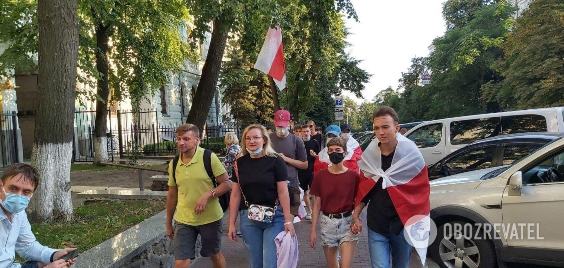 Біля посольства Білорусі через смерть Шишова проходить акція