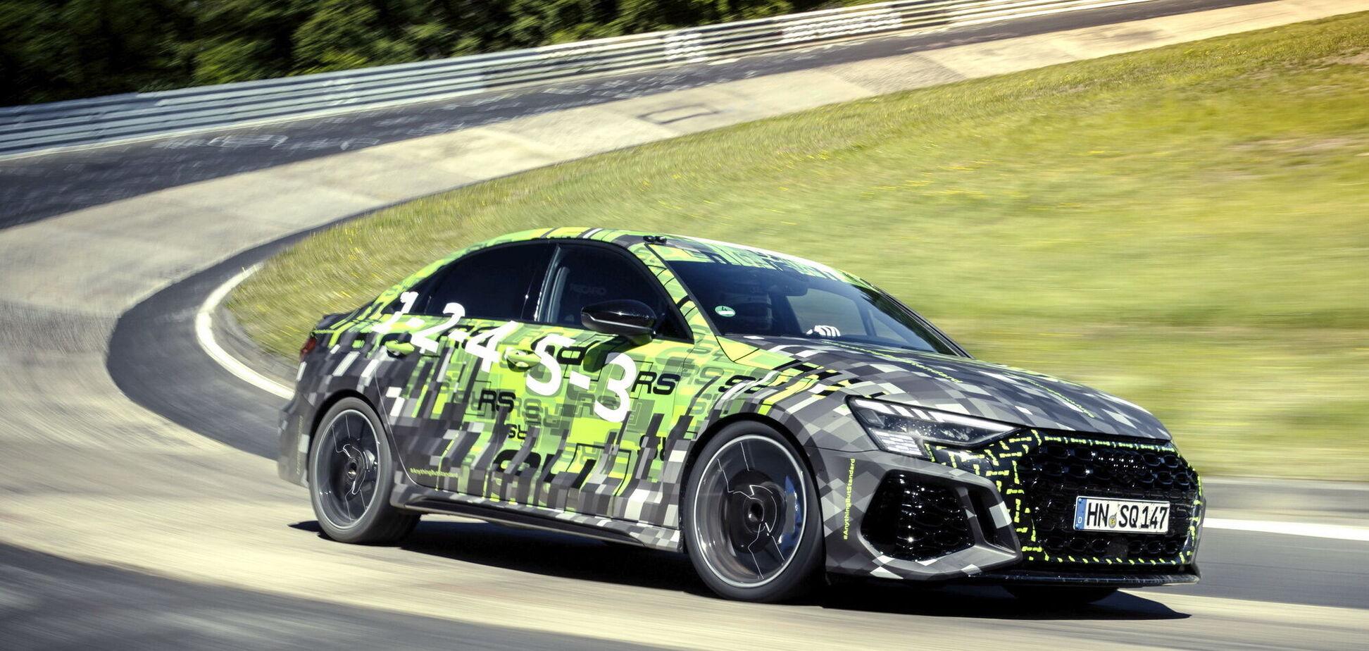 Седан Audi RS3 встановив рекорд Нюрбургринга
